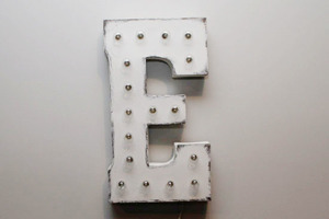 Light up letters e front